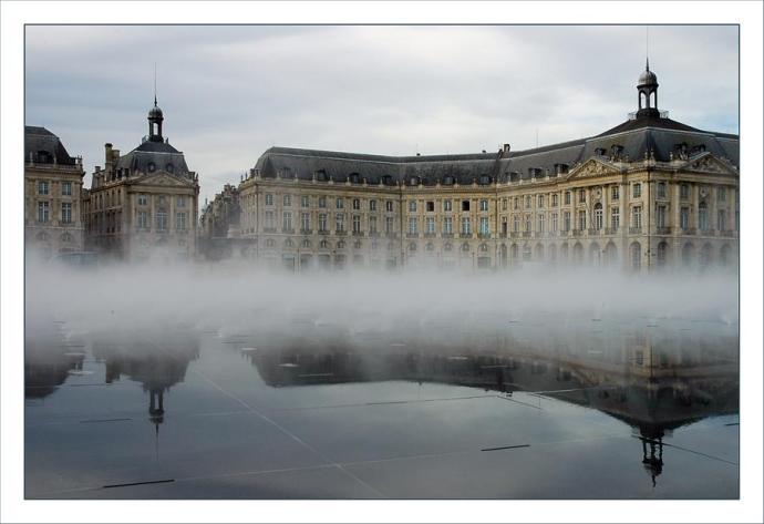 BX MIROIR d'eau, brouillard