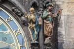 Prague_Astronomical_Clock_2014-01_(landscape_mode)_3