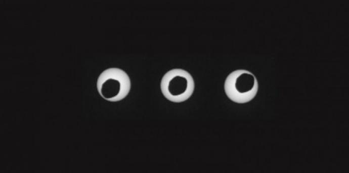 AUJOURD'HUI éclipse6296596-depuis-mars-le-robot-curiosity-capte-une-eclipse-solaire