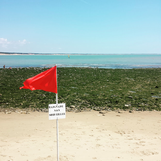 drapeau-rouge